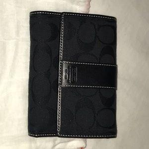 Black Signature Coach wallet